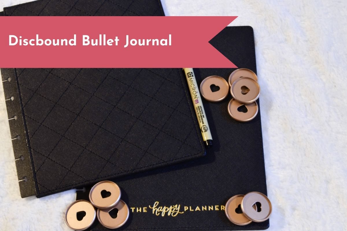 Tired of being confined to your notebook? A discbound notebook can be the perfect combination of a Bullet Journal and flexibility.